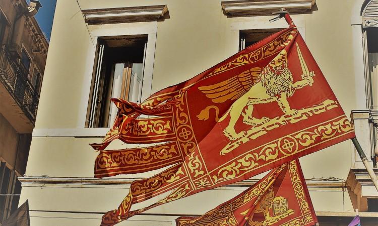 Veneto-Flagge 02