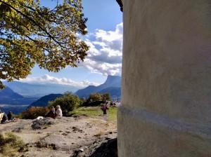 Aussicht von St. Hippolyth auf das Etschtal im Oktober 2020